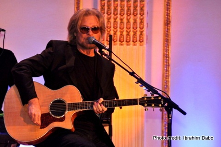 Legendary singer and songwriter Daryl Hall